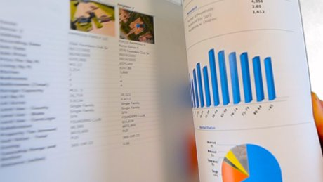 High quality brochures can supplement the information buyers may not know
