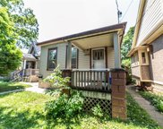 132 Wharncliffe N Road, London image