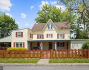 36 N Pennell Rd, Media image