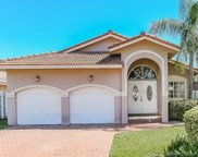 18305 Nw 61st Ave, Hialeah image