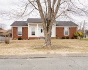 308 Westwind Dr, Springfield image