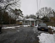 38 Ardmour  Drive, Mastic image