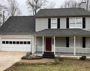 5240 Woodgreen Trl, Flowery Branch image
