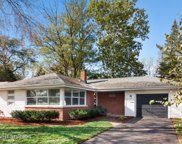 3932 Forest Avenue, Downers Grove image