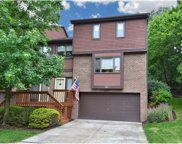 1604 Forest Edge Ct, McCandless image