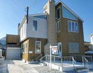 903  Arctic St, Lindenhurst image