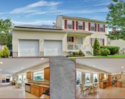 18 Waterview Court, Neptune Township image