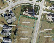 848 Pine Valley, Bowling Green image