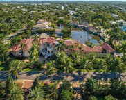 1625 Gulf Shore Blvd S, Naples image