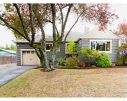 5623 SW TAYLORS FERRY  RD, Portland image