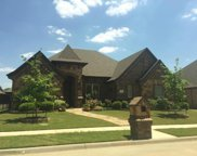7904 Bentley Drive, North Richland Hills image