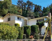 8430 Outlook Ave, Oakland image