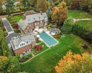 8  Dolma Road, Scarsdale image