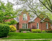9711 Moorfield Cir, Louisville image