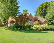 6513 Red Oak  Drive, Avon image