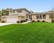 1040 Terrace Lane, Glenview image