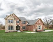36 Williamsburg, Creve Coeur image