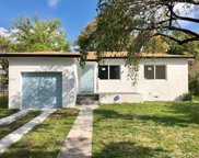 885 Ne 134th St, North Miami image