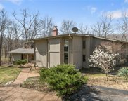 5 Chesterfield Lakes, Chesterfield image