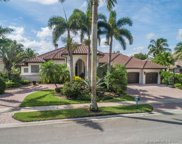 2521 Poinciana Dr, Weston image