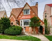 6120 West Nelson Street, Chicago image