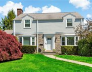 99 Leewood  Drive, Eastchester image