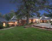 9801 Log Cabin  Court, Ladue image