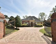 6375 Lakeview Dr, Buford image