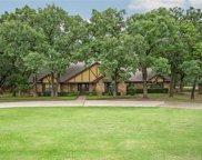 100 Shady Oaks Lane, Double Oak image