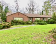 1127 Woodleigh Circle, Reidsville image