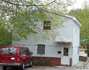19 Pearsall Ave, Glen Cove image