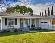 621 Redwood Ave, Redwood City image