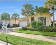 204 Glen Eagle Cir, Naples image