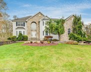 320 Valley View Circle, Freehold image