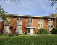 568 Pershing Avenue Unit E, Glen Ellyn image