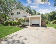 26 Valley Dr, East Moriches image