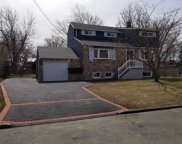 34  Rosewood Street, Central Islip image