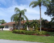 122 Queen Eugenia Court, Hutchinson Island image