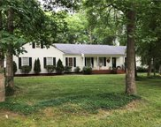 2211 Oak Water Court, Chesterfield image