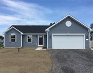 2606 Sunshine Circle, Camillus image