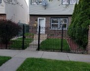 2517 North Linden Place, Chicago image