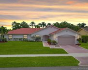 231 Nw 197th Ave, Pembroke Pines image