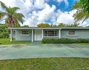 5621 Sw 55th Ave, Davie image