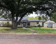 4044 Carolyn Road, Fort Worth image