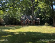 997 Queens  Circle, Shelby image