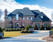 5N594 East Lakeview Circle, St. Charles image