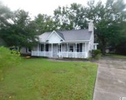1044 forest, Conway image