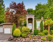 2710 NW Pine Cone Dr, Issaquah image