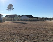 8145 Garden Pointe Drive Ne, Leland image
