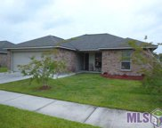 1929 S Helens Way Ave, Gonzales image